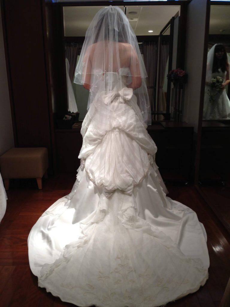 ホテルモントレ大阪ウエディングドレス
