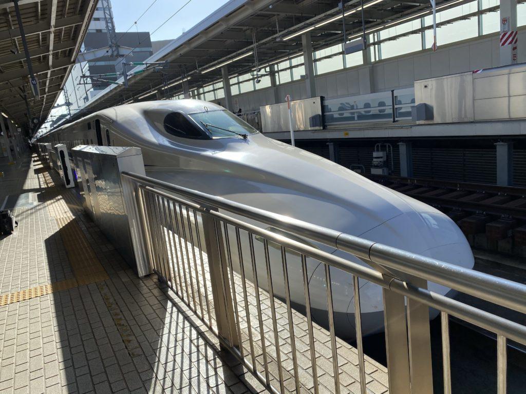新大阪駅|N700系新幹線